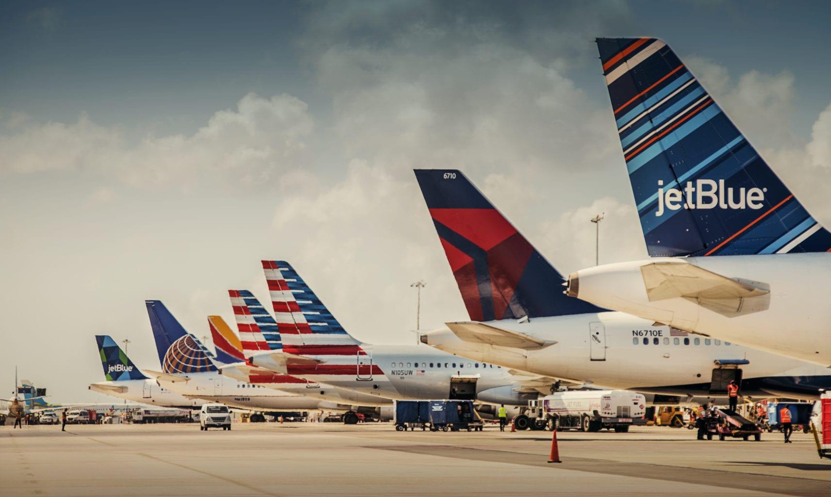 Resultado de imagen para Aruba Airport